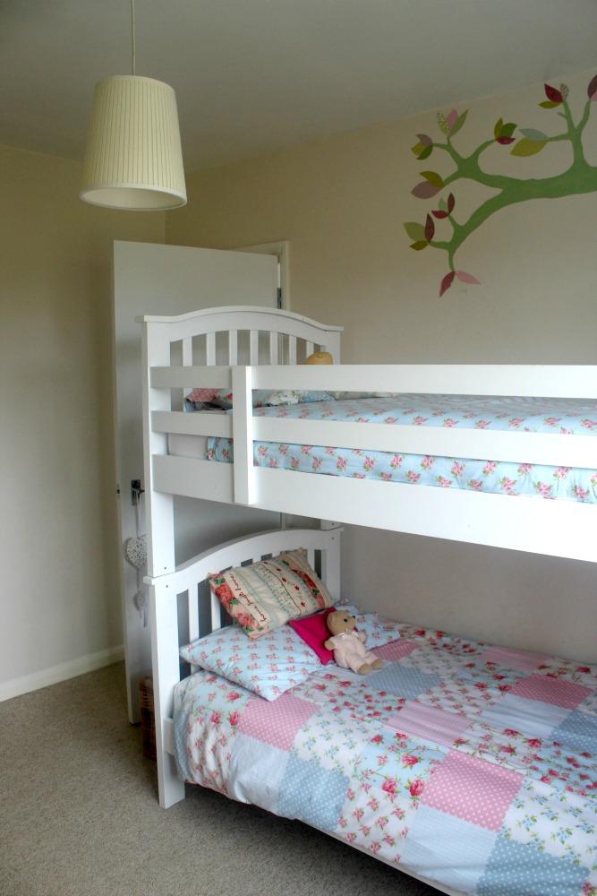 Stunning White bunk beds