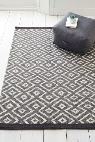 Large Geo Pattern Grey Rug