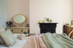 pink bedroom shabby chic
