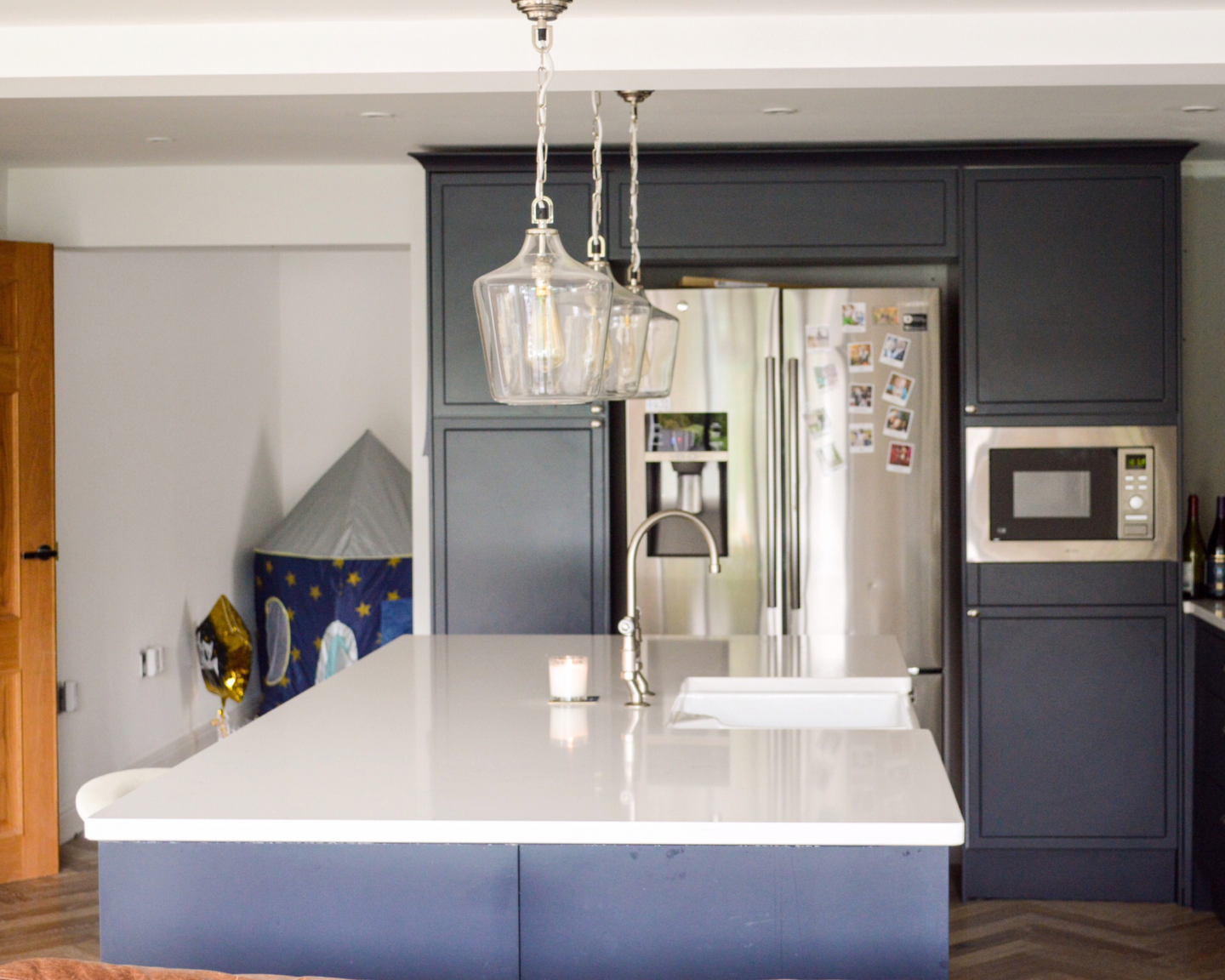 dark blue kitchen cupboards
